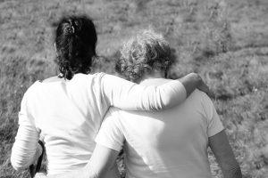 «Я поддержу тебя дверью» - важные материнские слова для дочери