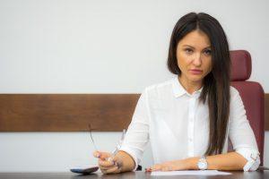 История о том, как жена на новую работу устроилась