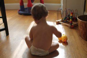 История о том, как отец требовал с младенца