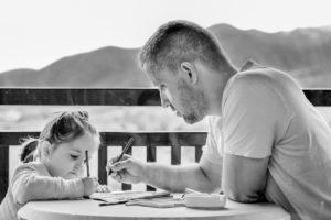 """""""Он вернулся домой через несколько дней не один, а с маленькой девочкой. — Любимая, это моя дочка Соня. Познакомься """""""