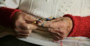 Мне 57 лет а маме давно за 80- мы живём вместе не разлей вода! Я слушаю счастливые истории знакомых людей и будто сама живу той жизнью.