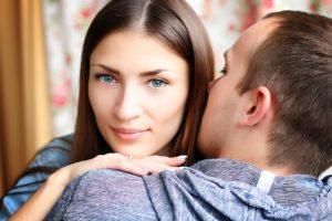 Будущая супруга меня обвела вокруг пальца – предоставила чужой тест на беременность