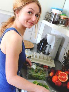 Случай из жизни. Кто хозяйничает на кухне, у того и бразды правления домом