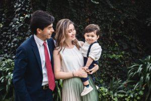 Супруг обижается - сын не признает его отца с матерью
